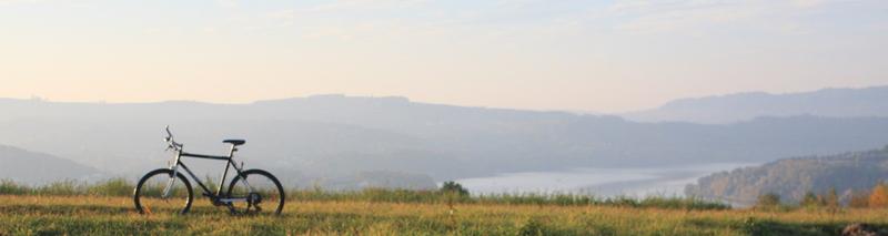 Z widokiem na Jezioro Rożnowskie